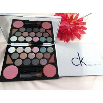 Hình ảnh củaBộ Kit Trang Điểm CK Fashion Makup It (HẾT HÀNG)