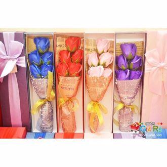 Hình ảnh củaHộp bông hồng sáp 5 bông 171018
