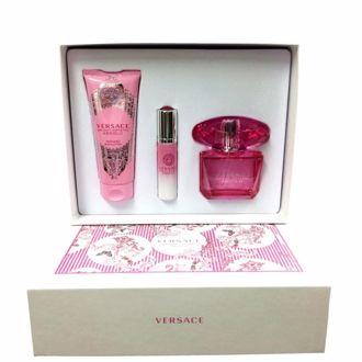 Hình ảnh củaBộ quà tặng nước hoa, dưỡng thể Versace Bright Crystal Absolu 90ml (3 món)