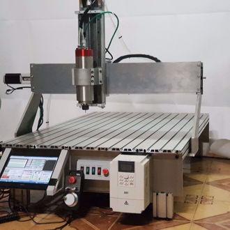 Máy CNC 7090
