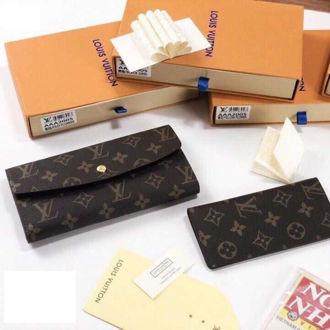 Hình ảnh củaVí Cầm Tay Louis Vuitton -VD12B0