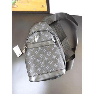 Hình ảnh củaTúi đeo chéo ngực  Louis Vuitton_TCA9B0