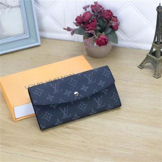 Hình ảnh củaVí Cầm Tay Louis Vuitton VD12B6